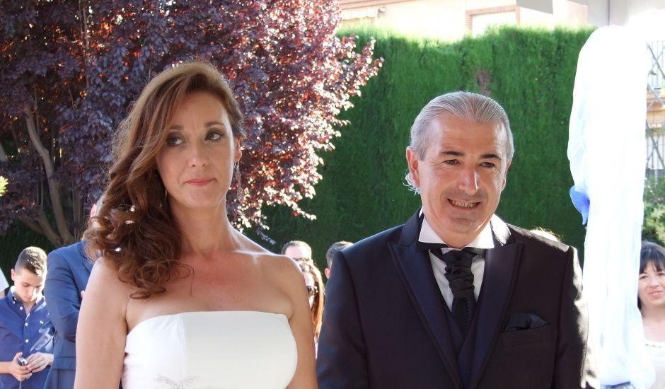 La boda de Antonio y Belen en Granada, Granada
