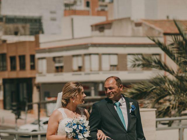 La boda de Cristian y Cristina en Guardamar Del Segura, Alicante 41