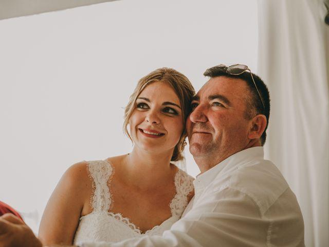 La boda de Cristian y Cristina en Guardamar Del Segura, Alicante 92