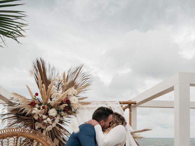La boda de Manolo y Loreto en Chipiona, Cádiz 3