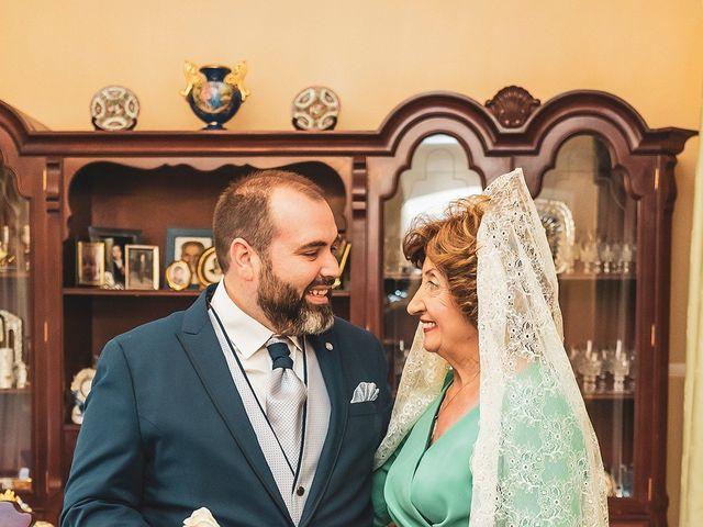 La boda de Leo y Hena en Villanueva De La Serena, Badajoz 23