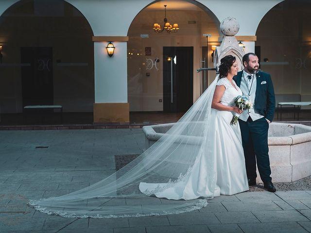 La boda de Leo y Hena en Villanueva De La Serena, Badajoz 32