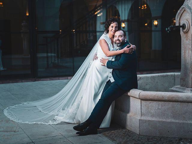 La boda de Leo y Hena en Villanueva De La Serena, Badajoz 33