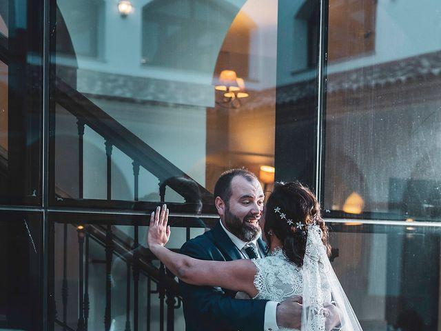 La boda de Leo y Hena en Villanueva De La Serena, Badajoz 35