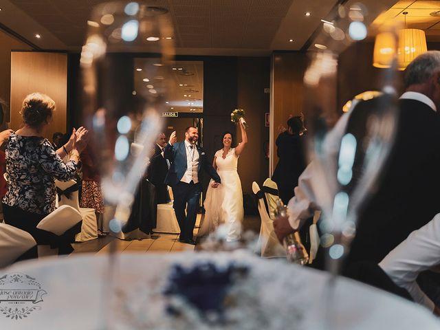 La boda de Leo y Hena en Villanueva De La Serena, Badajoz 43