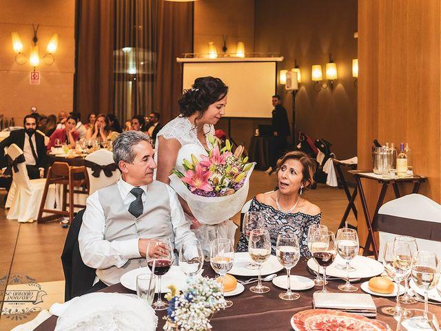 La boda de Leo y Hena en Villanueva De La Serena, Badajoz 46