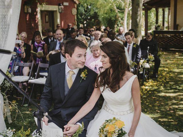 La boda de Rory y Silvia en Requijada, Segovia 56