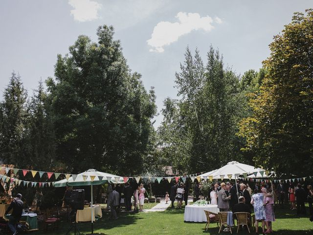 La boda de Rory y Silvia en Requijada, Segovia 82