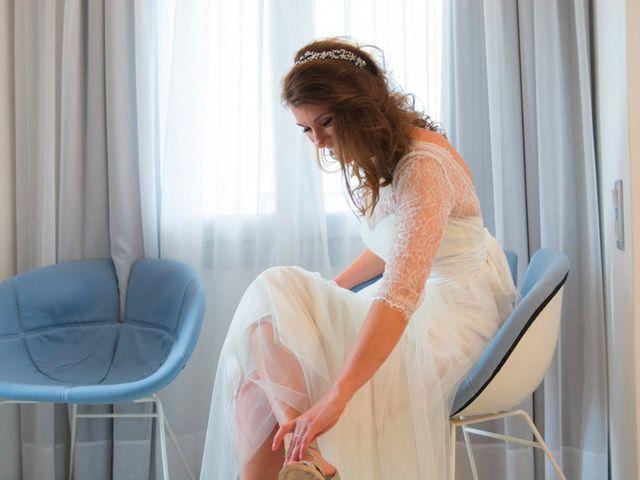 La boda de Daniel  (Grecia) y Nico en Zaragoza, Zaragoza 19