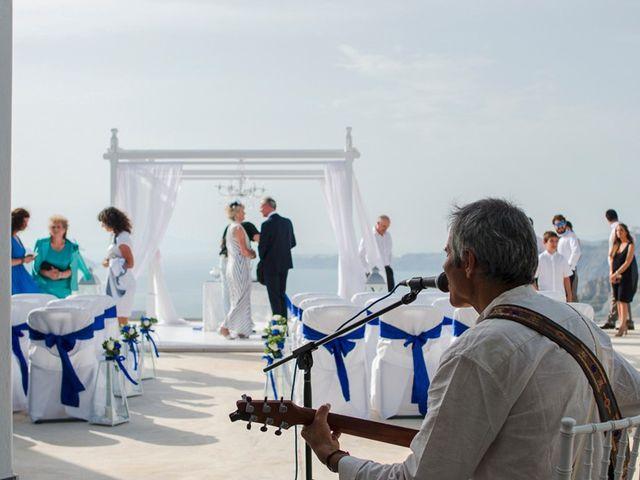 La boda de Daniel  (Grecia) y Nico en Zaragoza, Zaragoza 44