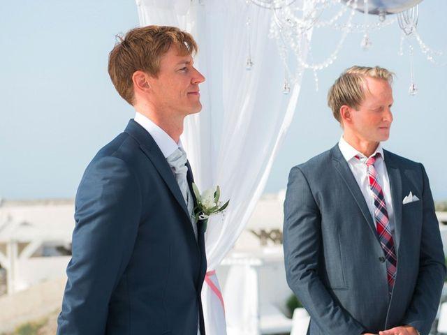 La boda de Daniel  (Grecia) y Nico en Zaragoza, Zaragoza 48