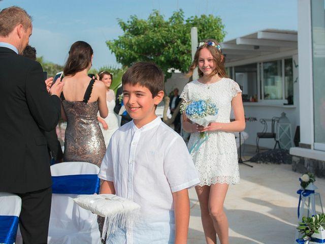 La boda de Daniel  (Grecia) y Nico en Zaragoza, Zaragoza 52