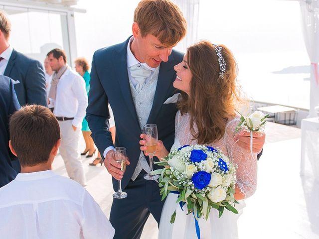 La boda de Daniel  (Grecia) y Nico en Zaragoza, Zaragoza 72