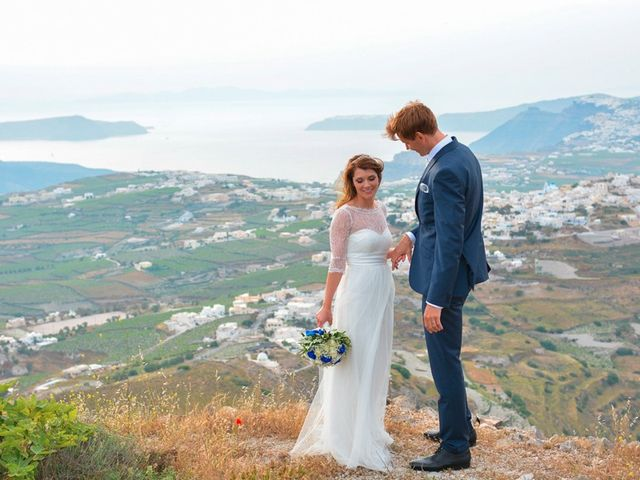 La boda de Daniel  (Grecia) y Nico en Zaragoza, Zaragoza 105