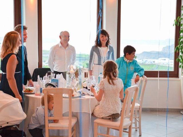 La boda de Daniel  (Grecia) y Nico en Zaragoza, Zaragoza 123