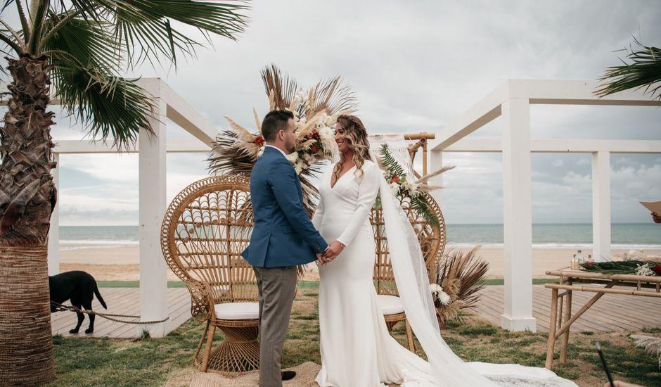 La boda de Manolo y Loreto en Chipiona, Cádiz