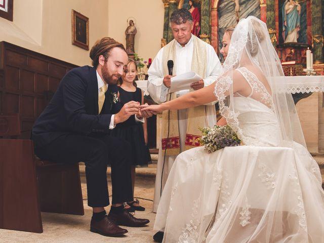 La boda de Toti y Riikka en Navas De Riofrio, Segovia 38