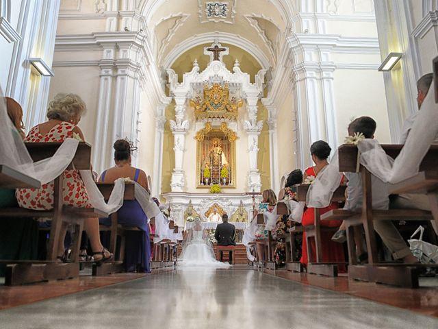 La boda de Fran y África en Málaga, Málaga 32