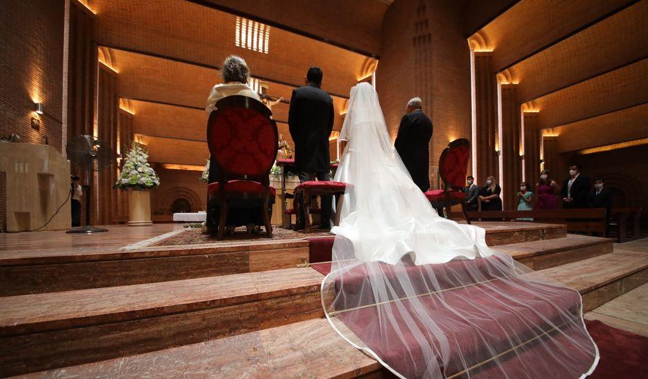 La boda de Teresa  y David  en Las Rozas De Madrid, Madrid