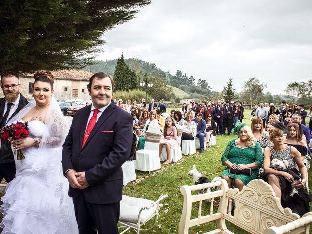 La boda de David y Lorena en Caranceja, Cantabria 20