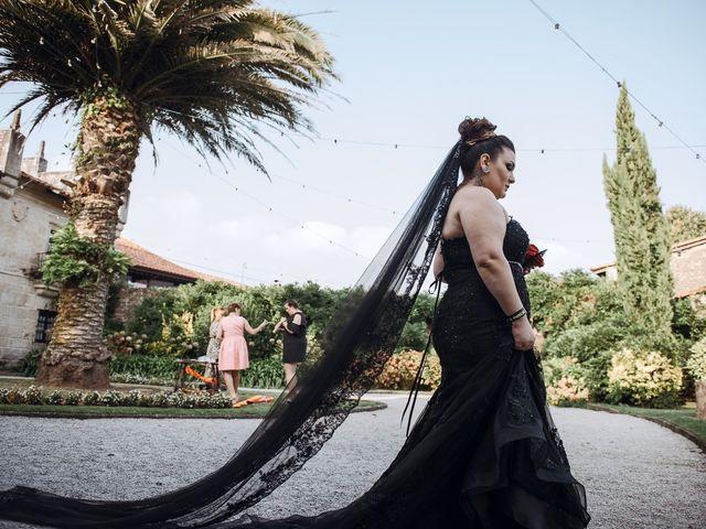 La boda de David y Lorena en Caranceja, Cantabria 48