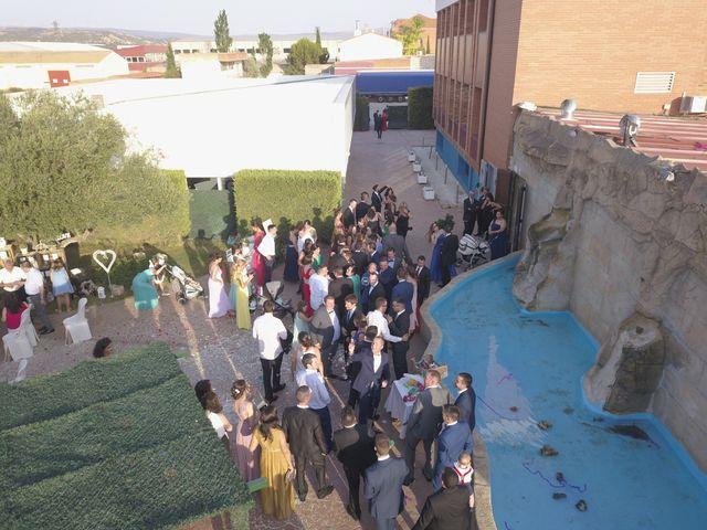 La boda de Ruben  y Rocio en Teruel, Teruel 4