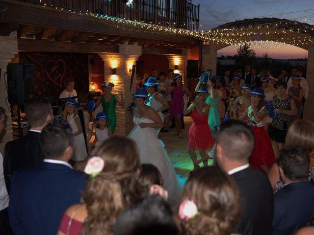 La boda de Alberto y Canty en Tiedra, Valladolid 23
