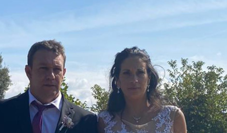 La boda de Joan y Raquel en Estanyol, Girona