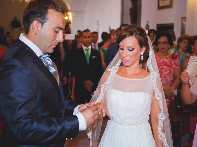 La boda de José Manuel y Mari Carmen en Lora Del Rio, Sevilla 14