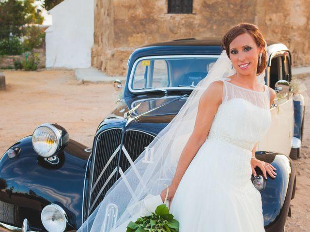 La boda de José Manuel y Mari Carmen en Lora Del Rio, Sevilla 23