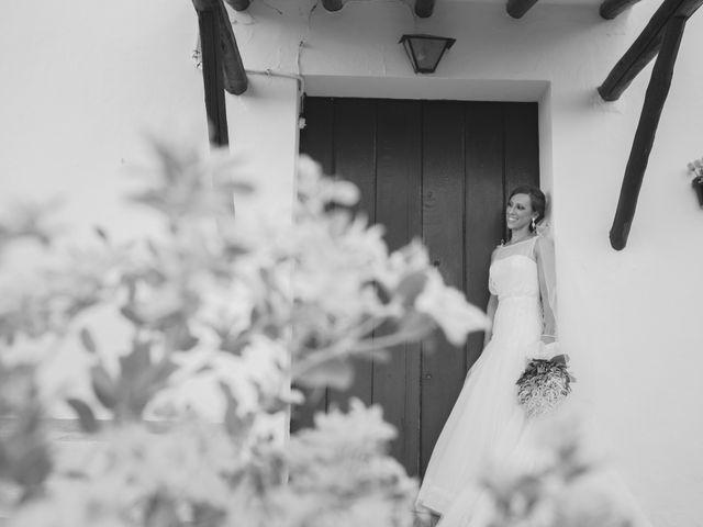 La boda de José Manuel y Mari Carmen en Lora Del Rio, Sevilla 27