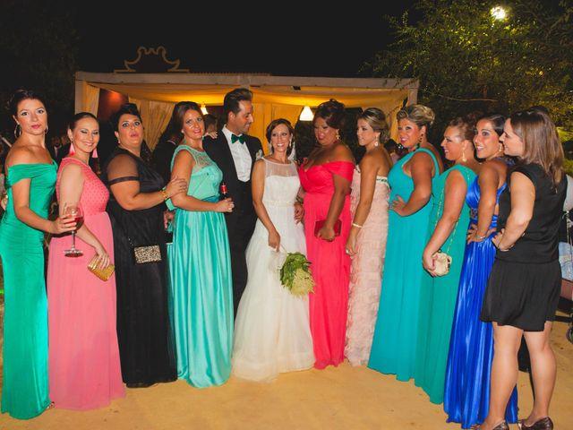 La boda de José Manuel y Mari Carmen en Lora Del Rio, Sevilla 33