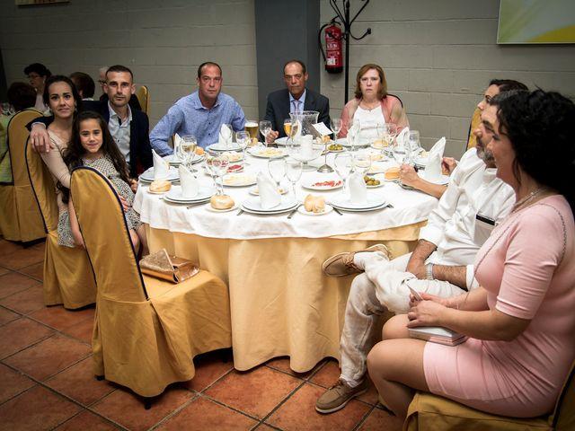 La boda de David y Rocio en Alcala De Guadaira, Sevilla 48