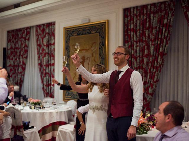 La boda de Adrián y María en León, León 42