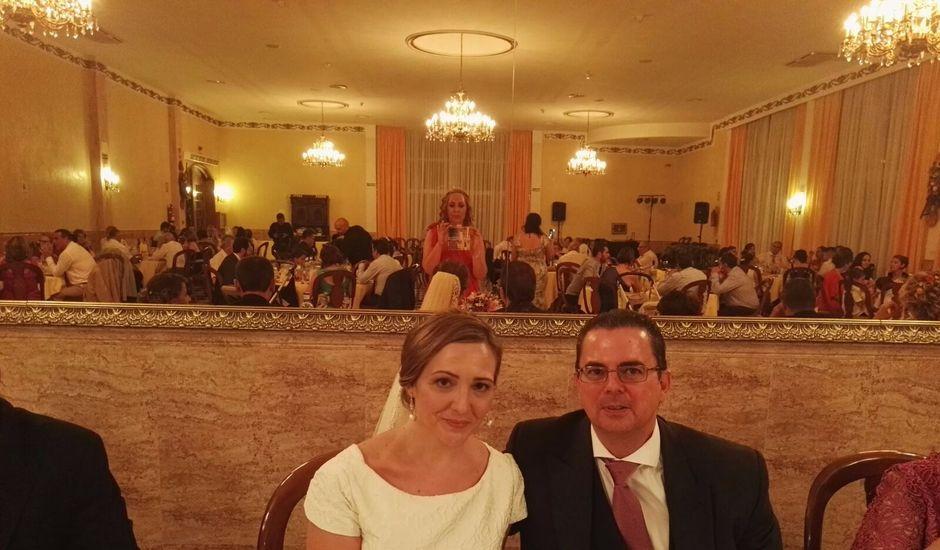 La boda de Mari Luz y Guillermo en Sevilla, Sevilla