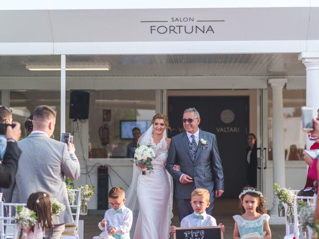 La boda de Jonatan y Coral en Alhaurin De La Torre, Málaga 12