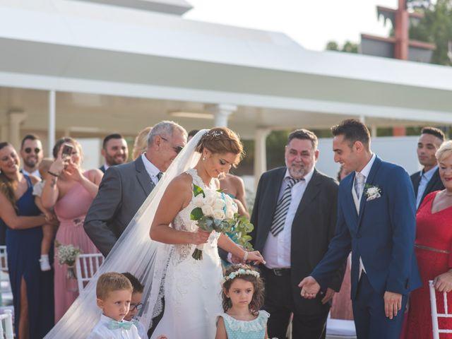 La boda de Jonatan y Coral en Alhaurin De La Torre, Málaga 13