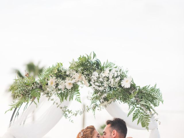 La boda de Jonatan y Coral en Alhaurin De La Torre, Málaga 18