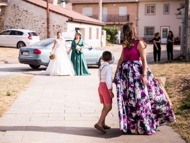 La boda de Dani y Miriam en Sotos De Sepulveda, Segovia 38