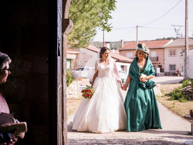 La boda de Dani y Miriam en Sotos De Sepulveda, Segovia 39