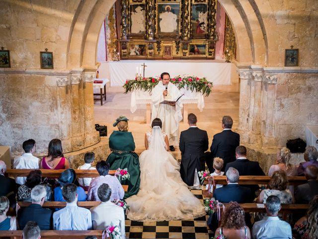 La boda de Dani y Miriam en Sotos De Sepulveda, Segovia 43
