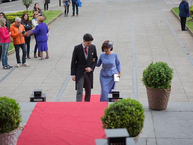 La boda de Alejandro y Claudia en Avilés, Asturias 12