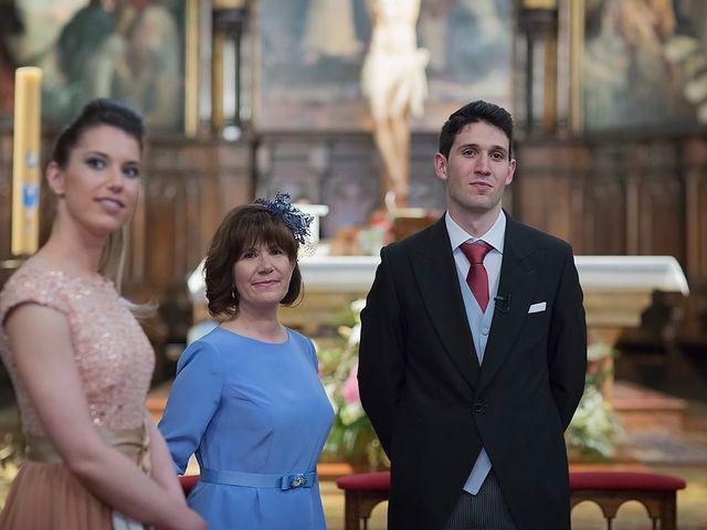 La boda de Alejandro y Claudia en Avilés, Asturias 15