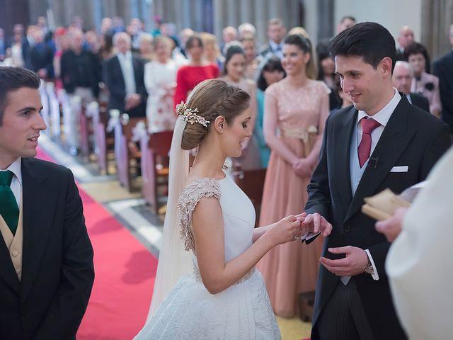 La boda de Alejandro y Claudia en Avilés, Asturias 19