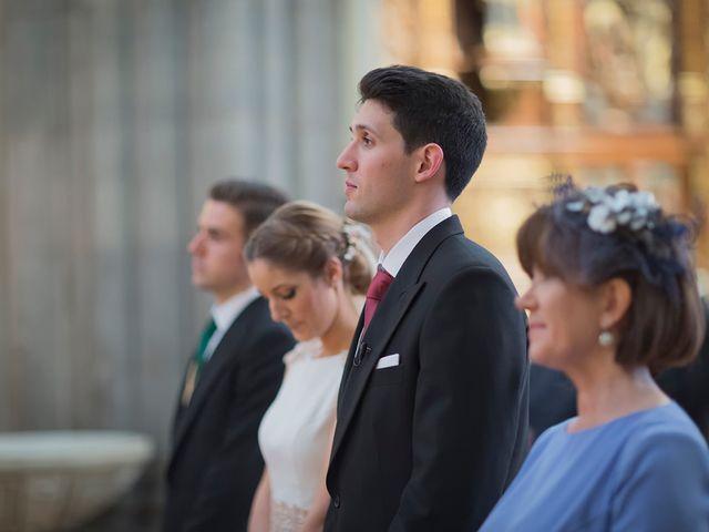 La boda de Alejandro y Claudia en Avilés, Asturias 20