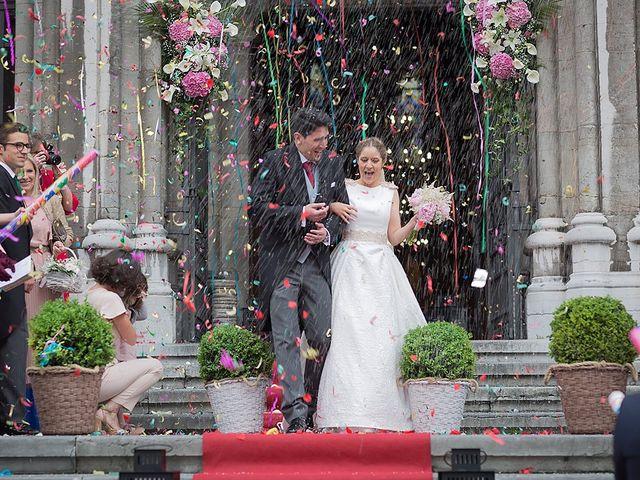 La boda de Alejandro y Claudia en Avilés, Asturias 23