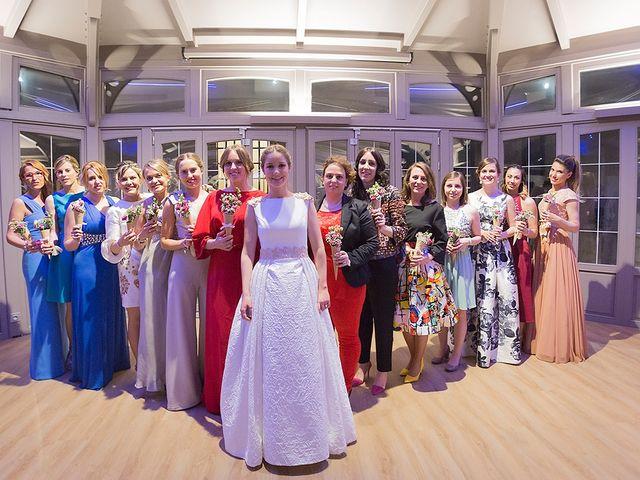 La boda de Alejandro y Claudia en Avilés, Asturias 41
