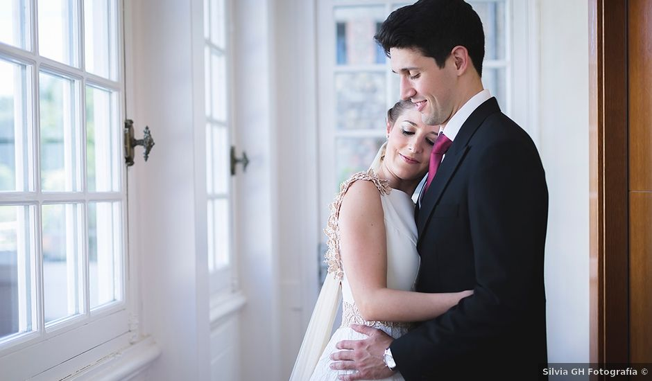 La boda de Alejandro y Claudia en Avilés, Asturias