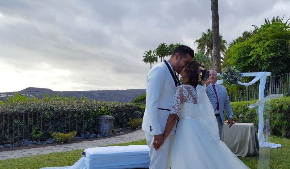 La boda de Jeanpierre  y Antonella  en San Sebastian Gomera, Santa Cruz de Tenerife
