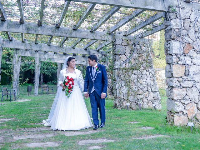La boda de Juan Carlos y Irma en Montcada I Reixac, Barcelona 17
